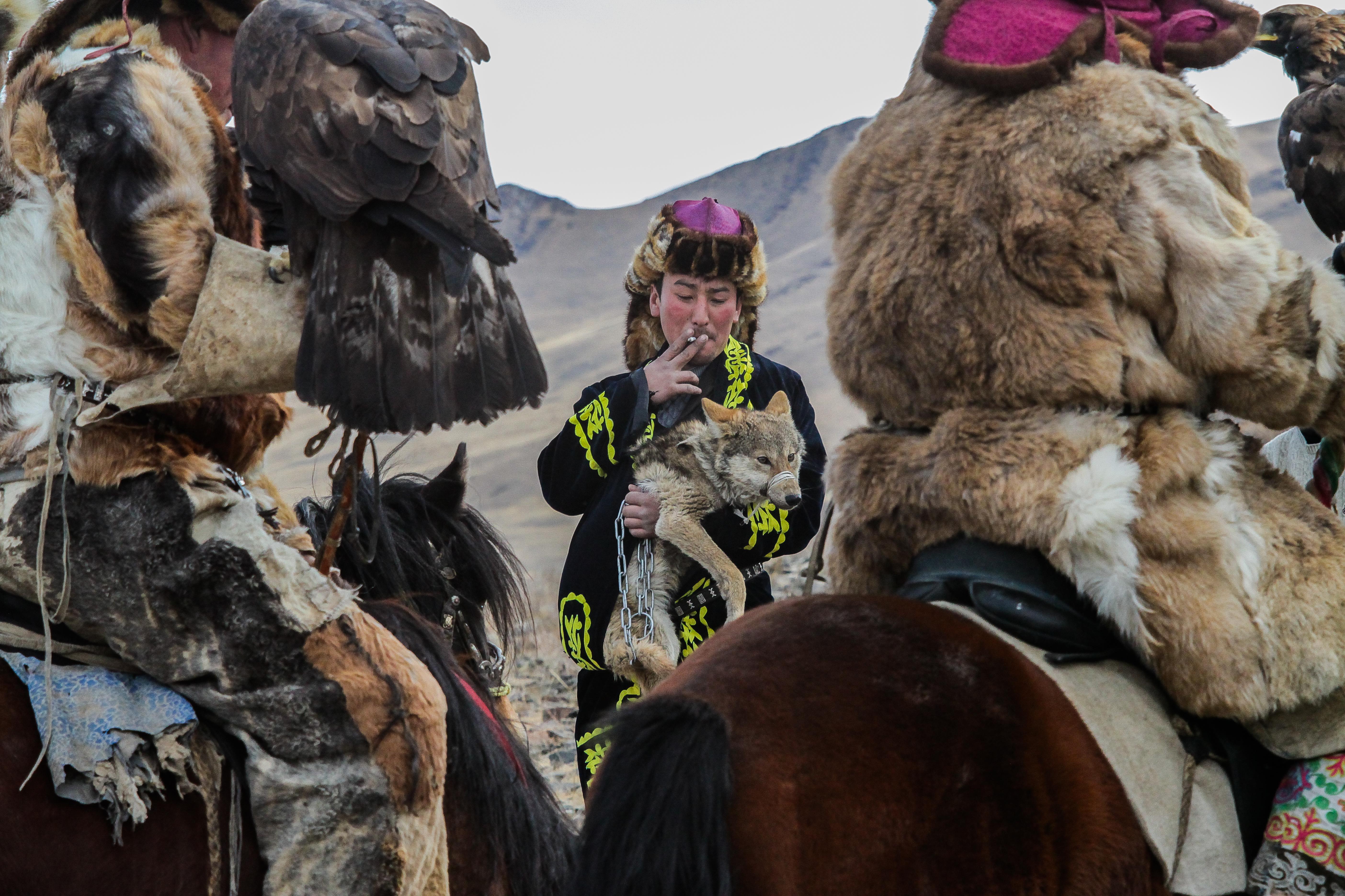 (2014) Mongolia 8 Eagle Festival
